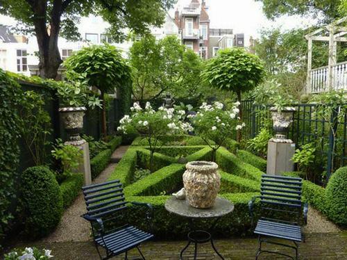 Sân vườn xinh