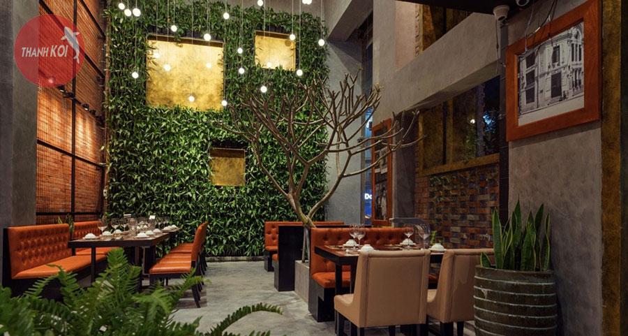 Vườn thẳng đứng nội thất quán cafe